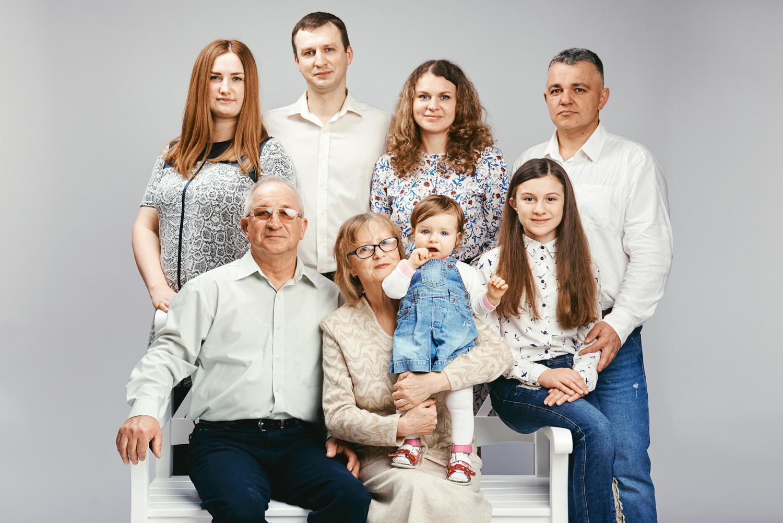 korneychikeu_familyport_032