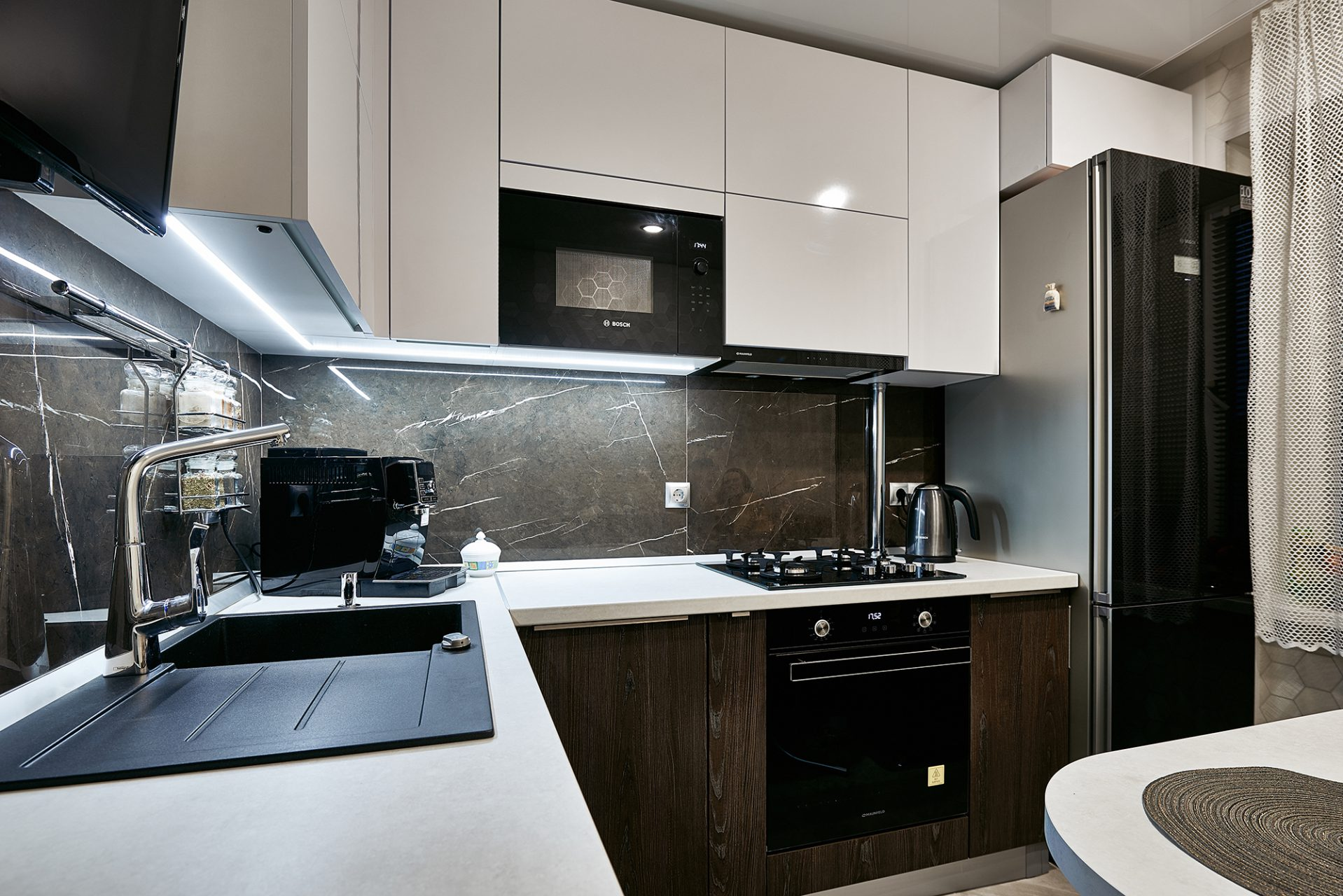 003_interior_kitchen4_korneychikeu