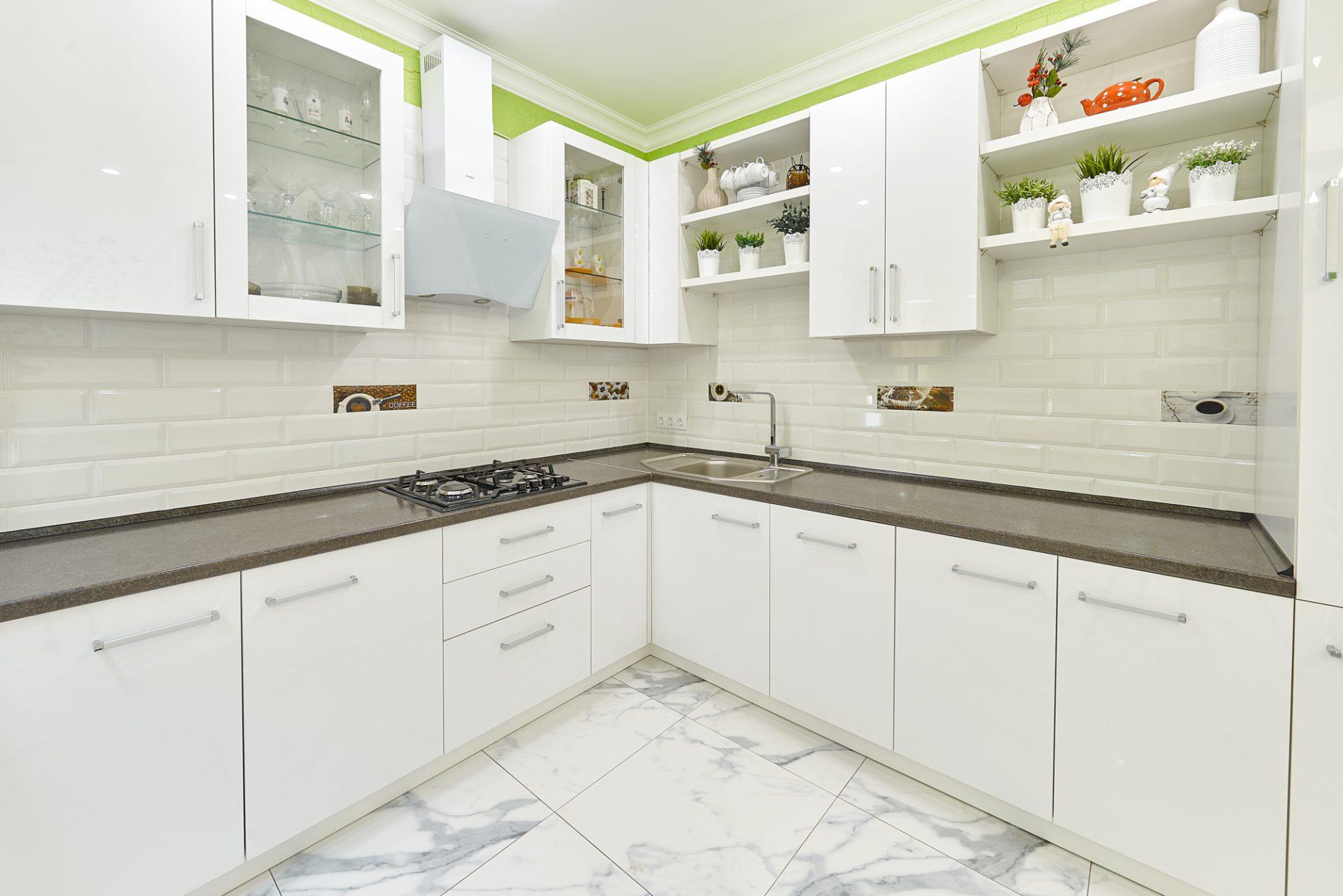 004_interior_kitchen1_korneychikeu