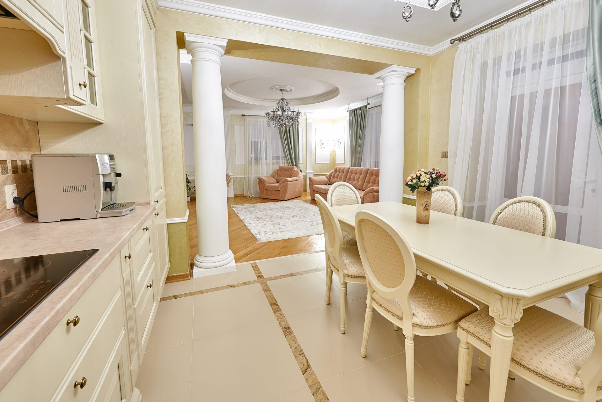 005_interior_kitchen3_korneychikeu