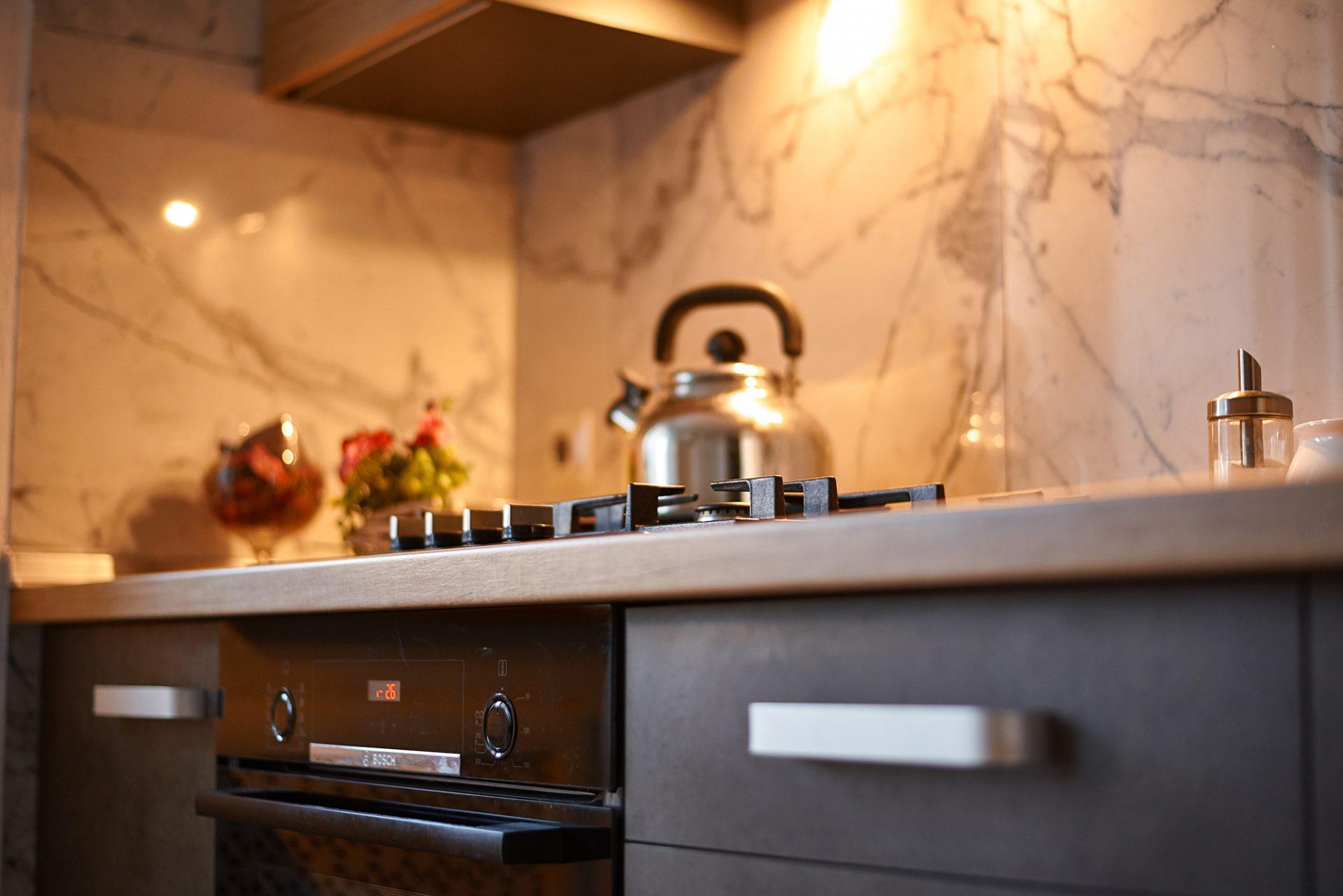 008_interior_kitchen2_korneychikeu